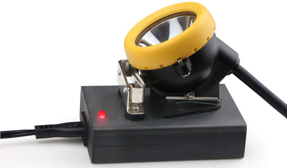 Special charger designed for KL5M Miner's Cap Lamp rapid and safety longer battery service life.